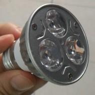 Lampu Tanaman 3 LED 6 watt