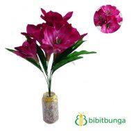 Bunga Plastik Amarilis Ungu