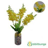 Bunga Plastik Lavender Yellow