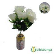 Bunga Plastik Mawar Holland Putih